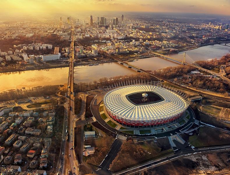 Fotografia reklamowa. Stadion Narodowy zdjęcie z lotu ptaka.