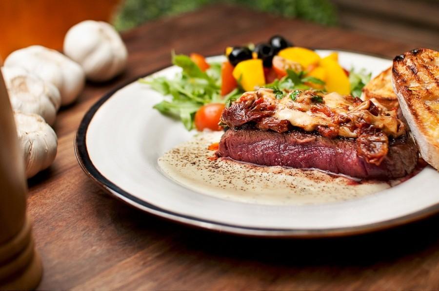 003-fotografia_reklamowa_jedzenie_befsztyk_wroclaw, zdjecia do restauracji