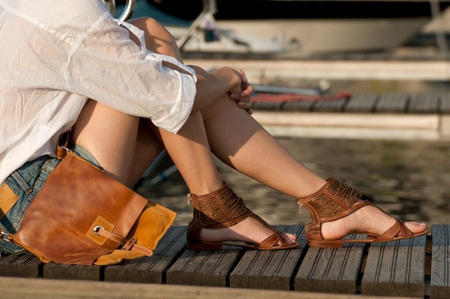 007-reklama butow na nogach modelki prima moda